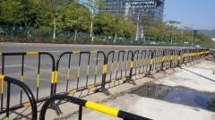知名厂家大量提供各种=铁马=铁马护栏=塑料铁马=品质保证价格优惠