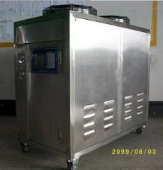 供应湖北低温冷水 机,-10℃低温冷却机,-20℃冰水 ,水循环设备 1100X735X1330