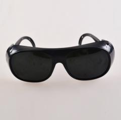 劳保眼镜 电焊眼镜 摩托镜 黑白灰2010工厂 工作防电焊眼镜