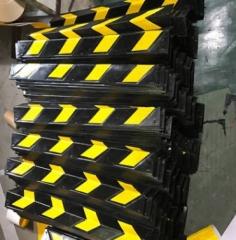 厂家直销橡胶护角反光护墙角保护条停车场护墙角防撞条交通设施