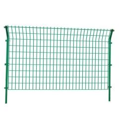 厂家直销圈地铁丝网护栏 浸塑双边丝高速护栏网 养殖养鸡围栏网