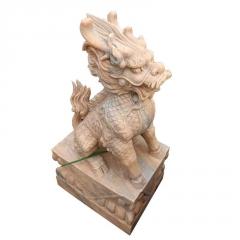 厂家直供晚霞红石雕狮子现代西方石狮子门口雄狮镇宅仿真狮子摆件