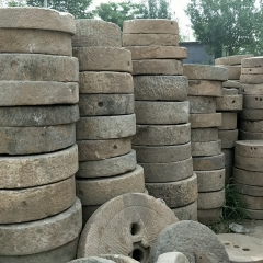 石雕民间石磨片铺地石 老磨盘园林装饰摆件