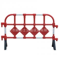 广告护栏1.4米黑色塑料护栏电力施工胶马环保塑料护栏红色围栏厂