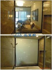 电影寒战中运用调光玻璃同款,公安审讯室、办公隔断、电影幕布