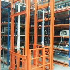 现货供应小型导轨升降机 固定导轨电动液压升降平台仓库升降货梯